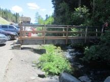 Back to the trailhead that starts with a bridge over a creek.