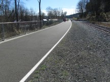 Final section of the Willamete Greenway Trail before the Sellwood Bridge and the end of the trail