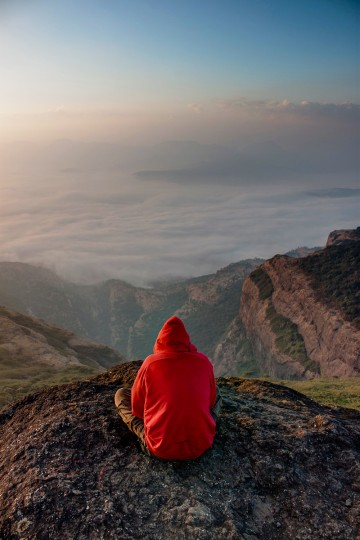 Meditating on the river of clouds
