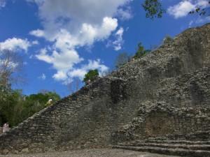 nohoch-mul-pyramid-side-view