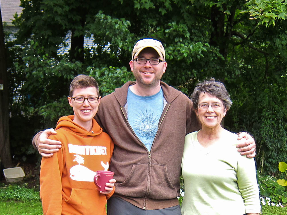 Rich with Sister and Mom