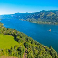 View of the Columbia River from Washington