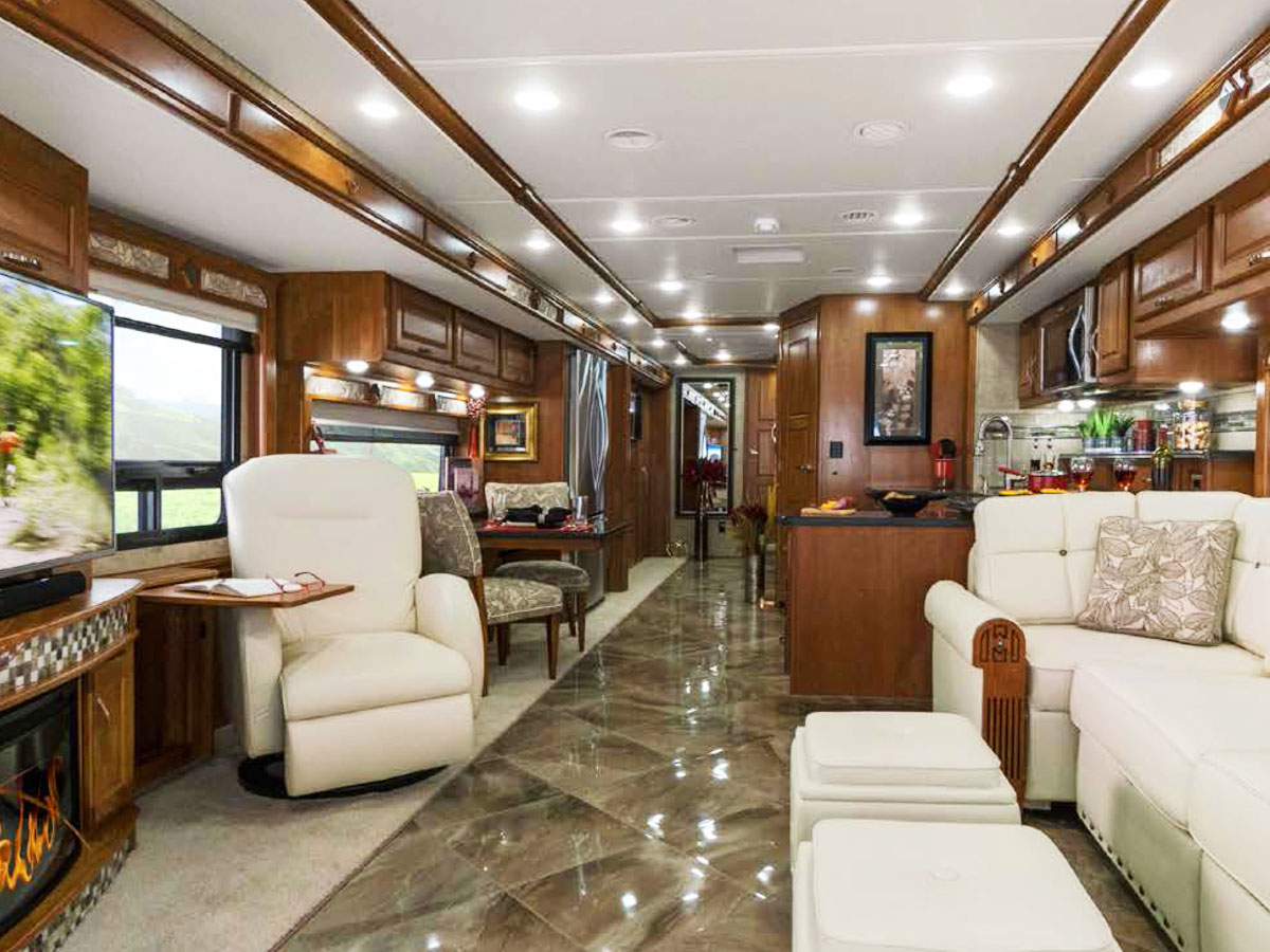 8 Keys to Choosing the Right RV Floor Plan the First Time - and 1 area that Matters Less Than You Might Think.