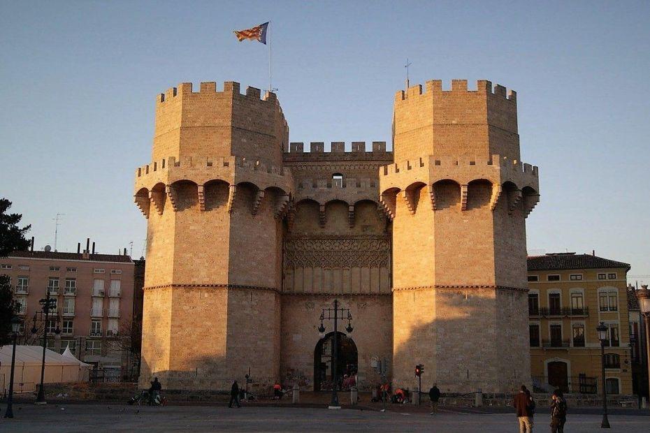 Torres de Serrans, Valéncia ciutat