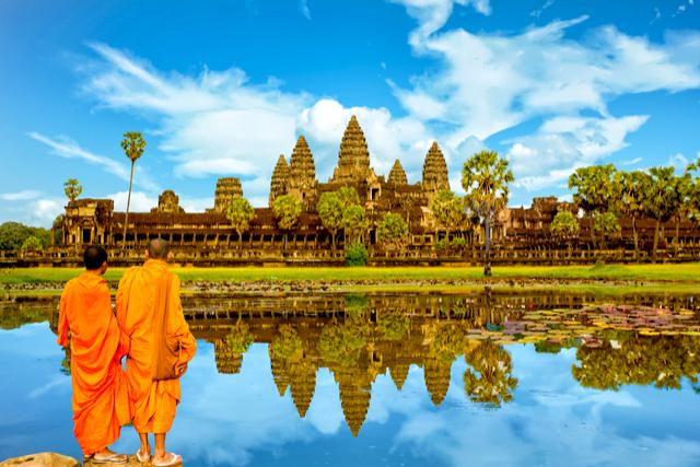 1 Angkor Wat Cambodia - By Sakdawut Tangtongsap.jpg
