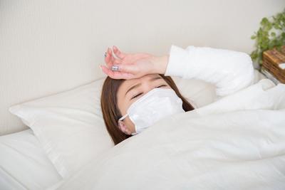 発熱時におでこを冷やすのは効果あるの?