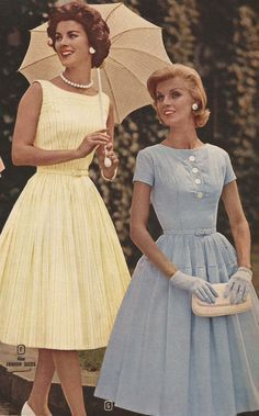 A Vintage Lookbook: Style Throughout the Decades |