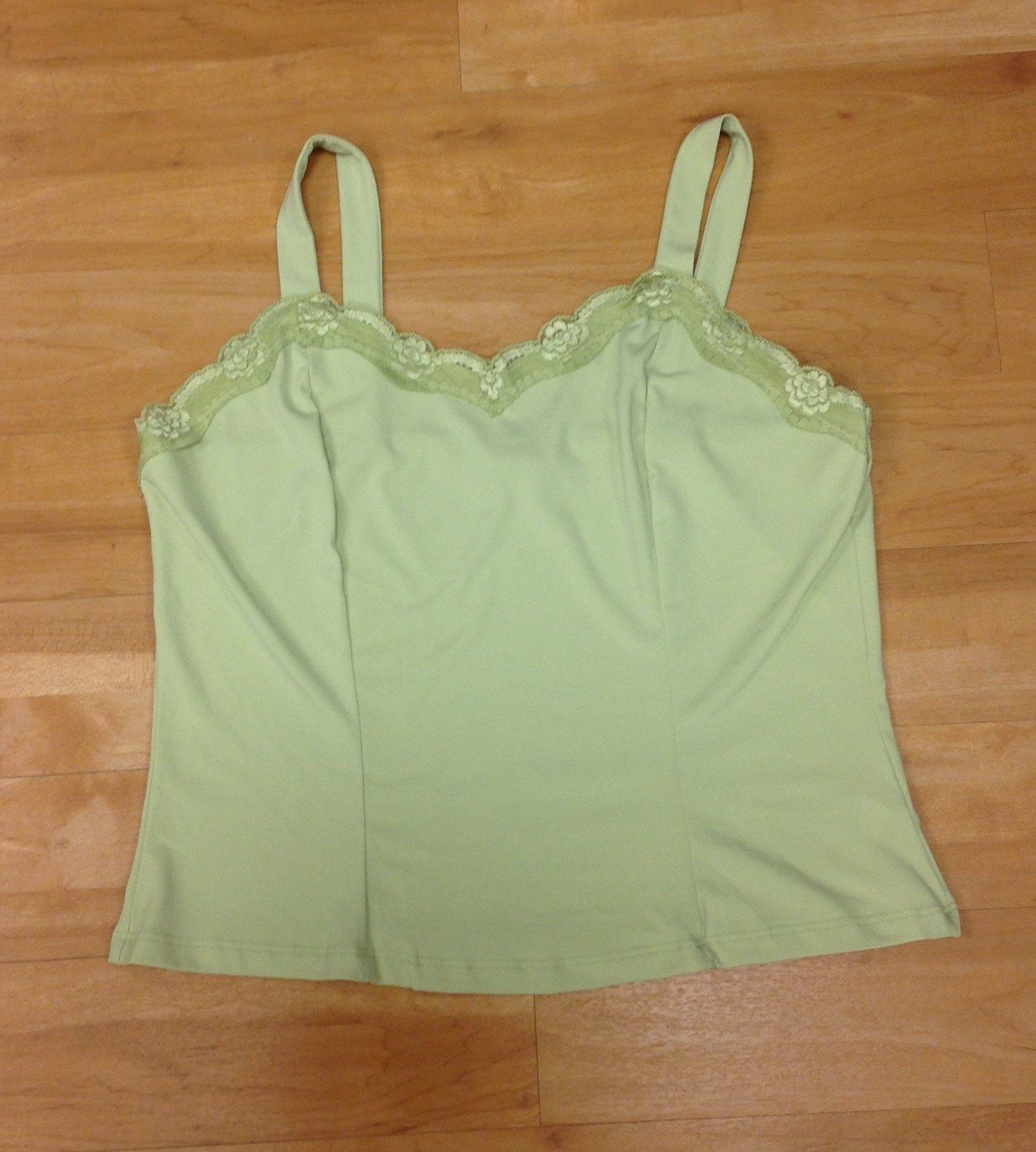 Top Sleeveless By Clothes Mentor  Size: L