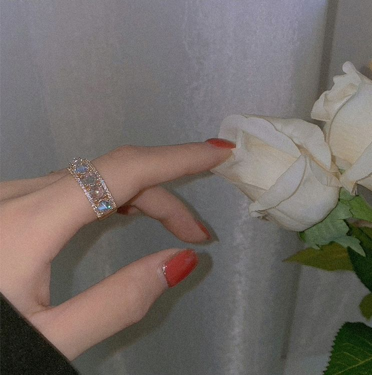 Crystal Ring – The Nadia Collection