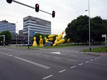 Claes Oldenburg en Coosje van Bruggen