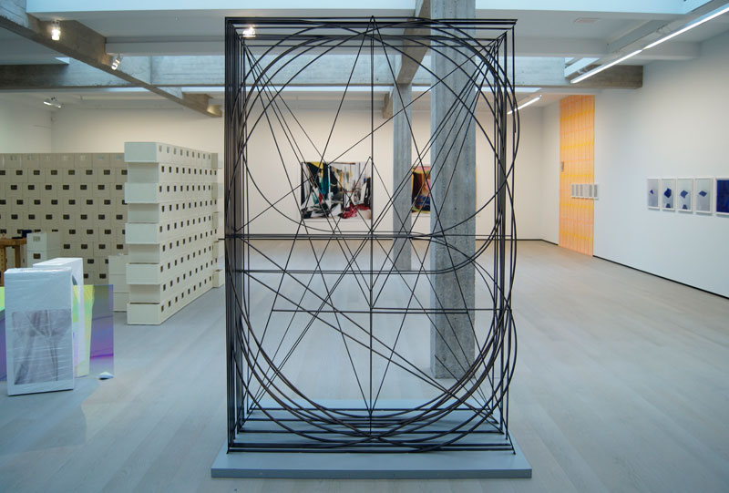 Koen-Taselaar---Untitled---sandblasted-steel-270-x-180-x-70-cm---2011