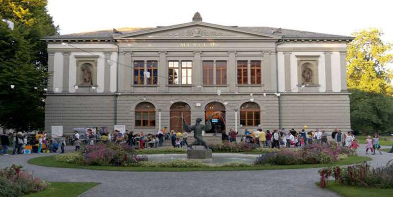csm_KunstmuseumSG_Aussenansicht_Titel_4cd54089d3
