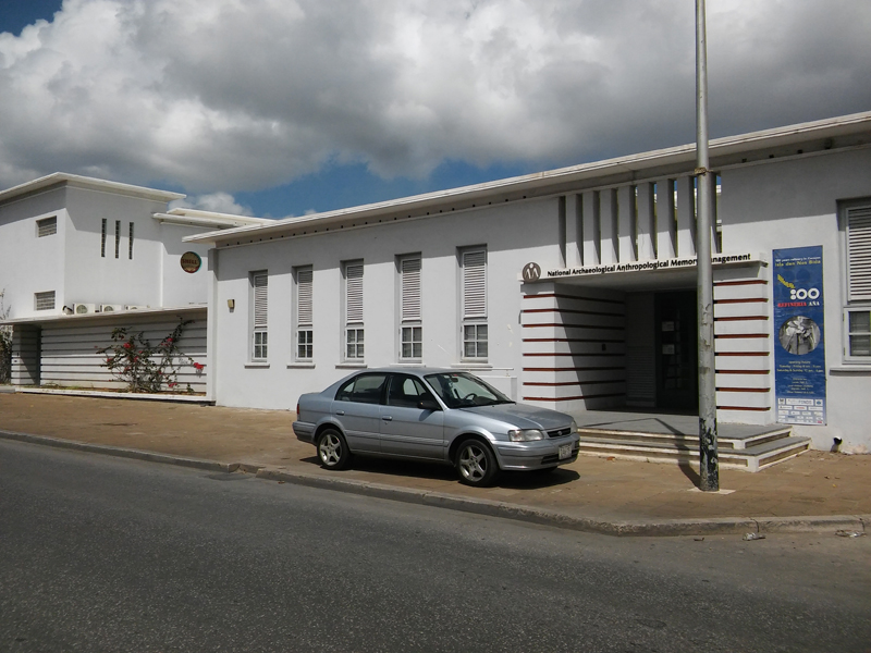 Kòrsou (Curaçao) - Instellingen