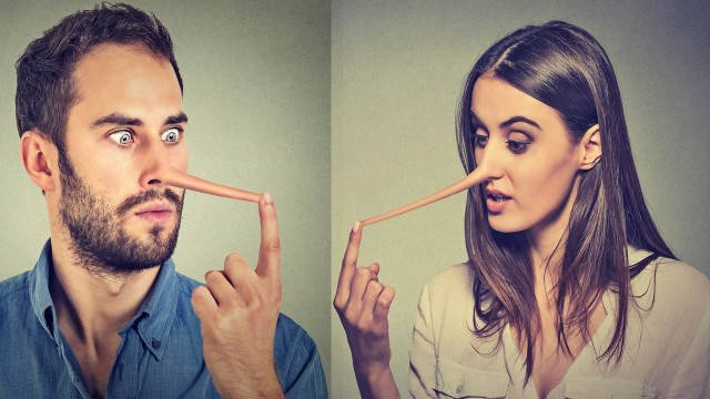 1.LIARS AVOID MENTIONING THEMSELVES