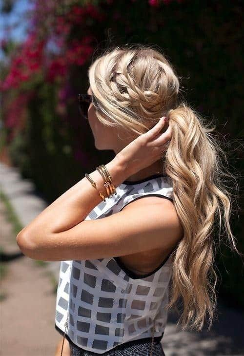 12-tips-to-take-your-ponytail-game-a-level-higher-4