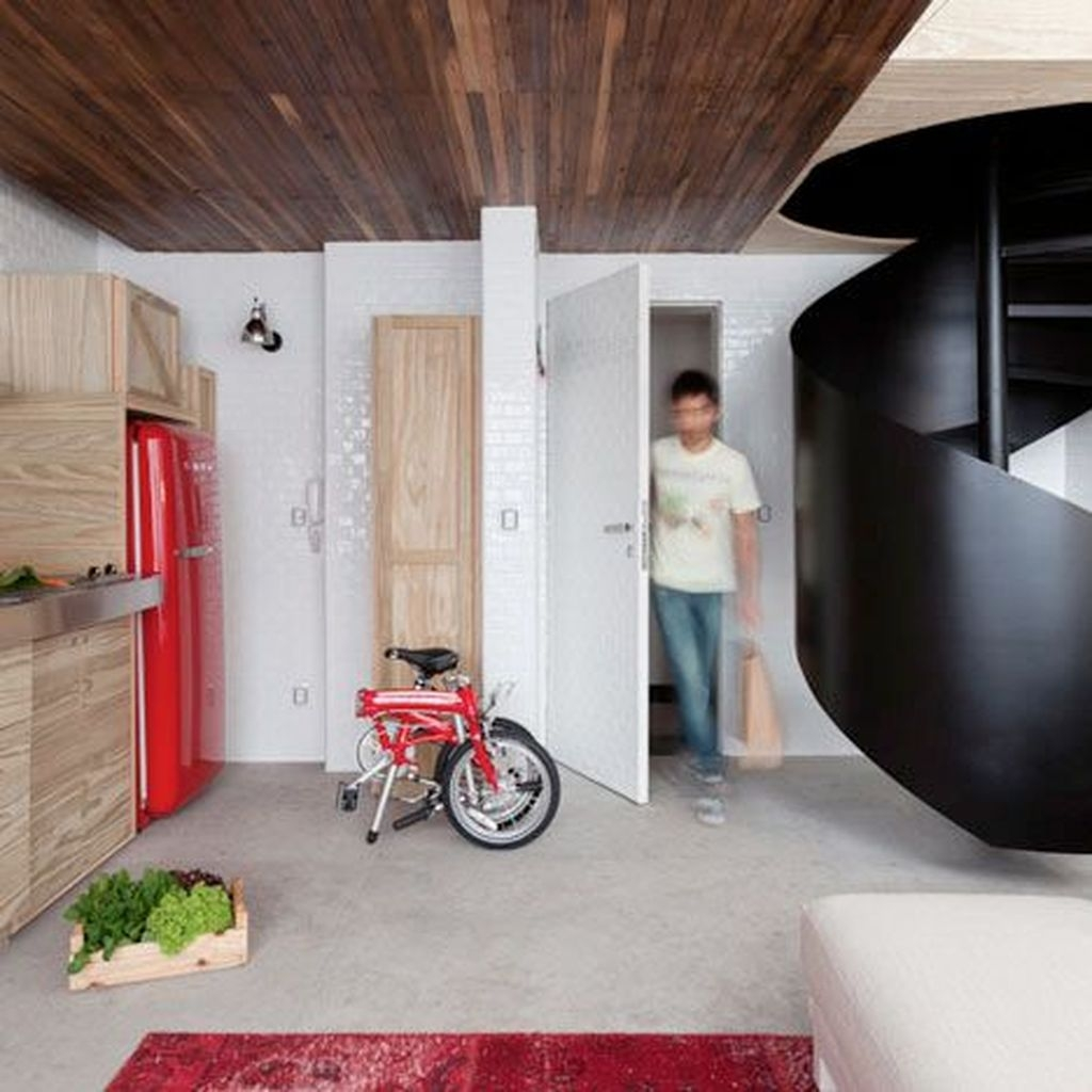 Contemporary Micro Apartment Organized With Boxes 41