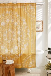 Guide To Choosing Curtains For Your Minimalist House 01