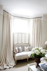 Guide To Choosing Curtains For Your Minimalist House 27