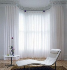 Guide To Choosing Curtains For Your Minimalist House 28