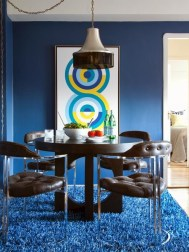Inspirations To Choosing The Right Tables For Cramped Room 26