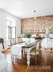 Inspirations To Choosing The Right Tables For Cramped Room 31
