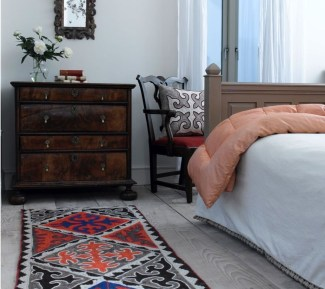 Ways Make Your Bedroom Clutter Free And Way More Chill 27