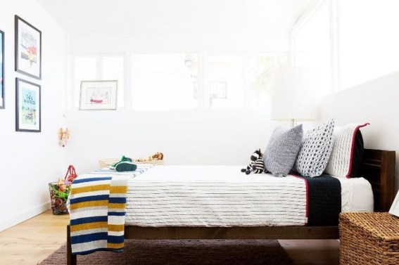 Ways Make Your Bedroom Clutter Free And Way More Chill 43