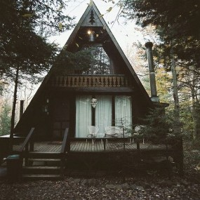 Affordable Wooden Houses For Small Families 33