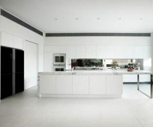 Modern Minimalist House That Full Of Surprises 04