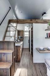 Modern Minimalist House That Full Of Surprises 34