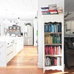 Modern Minimalist House That Full Of Surprises 35
