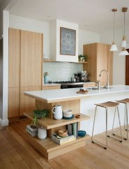 Modern Minimalist House That Full Of Surprises 36