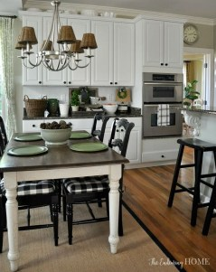 Amazing Farmhouse Kitchen Tables Ideas 31