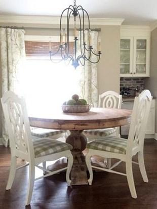 Amazing Farmhouse Kitchen Tables Ideas 44