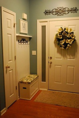 Chic And Simple Entrance Ideas For Your House 53