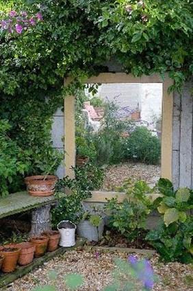 Small Garden Ideas 38