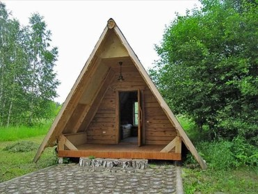 This Small Charming House Is Perfect 35