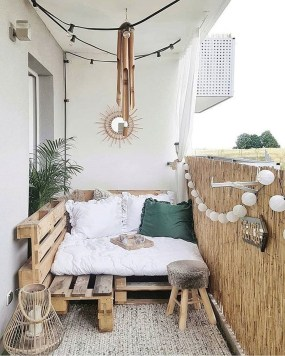 Adorable Crafty Diy Wooden Pallet Project Ideas 13