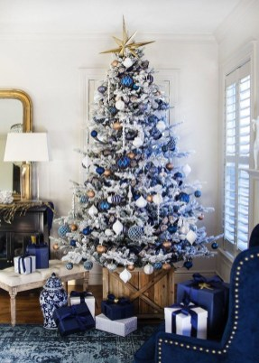 Adorable White Christmas Decoration Ideas 07