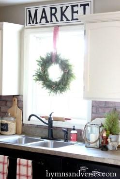 Awesome Christmas Kitchen Decor Ideas 15