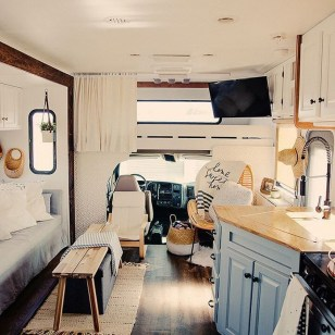 Beautiful Rv Remodel Camper Interior Ideas For Holiday 29