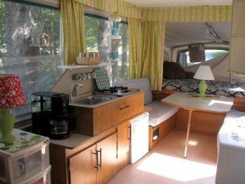 Beautiful Rv Remodel Camper Interior Ideas For Holiday 40