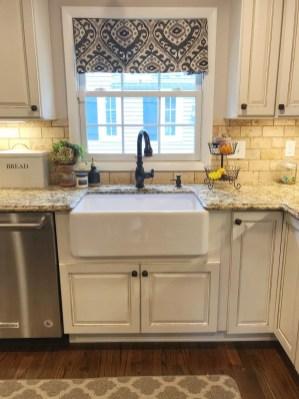 Best Farmhouse Kitchen Sink Ideas 06
