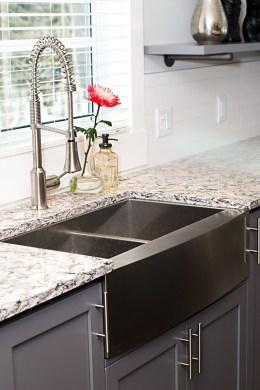 Best Farmhouse Kitchen Sink Ideas 26