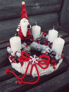 Charming Christmas Candle Decor Ideas 22