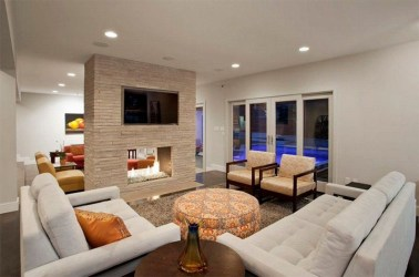 Comfy Winter Living Room Ideas With Fireplace 45