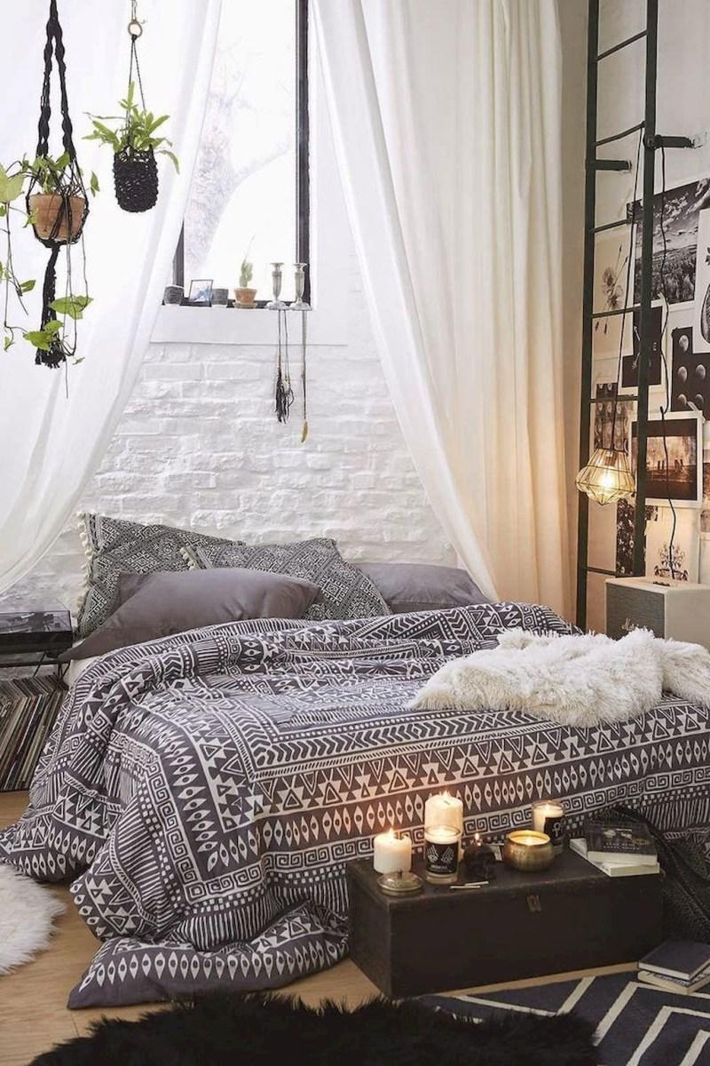 Creative Bohemian Bedroom Decor Ideas 36