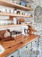Cute Farmhouse Kitchen Remodel Ideas 20