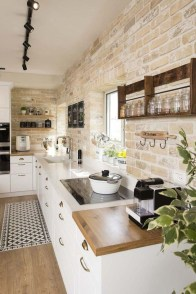 Cute Farmhouse Kitchen Remodel Ideas 40