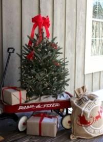 Cute Outdoor Christmas Decor Ideas 19